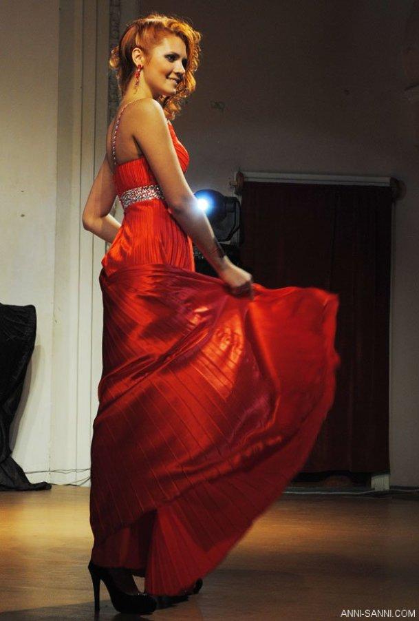 Вы просматриваете изображения у материала: «Мисс Дальний Восток – 2010» - Яна Кочкина